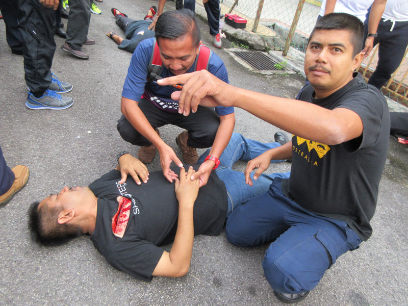 Participants Mastering the Real Scenario
